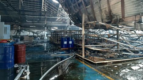 Công ty gỗ có 100% vốn của Mỹ bốc cháy dữ dội ngày 28 Tết
