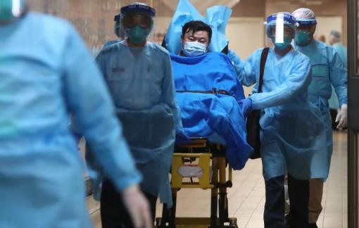 Hồng Kông phát hiện 2 ca Coronavirus đầu tiên, khi số người chết vì cúm lạ tăng vọt