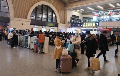 Phải quá cảnh tại Vũ Hán, Saigontourist hủy tour vì lo virus corona
