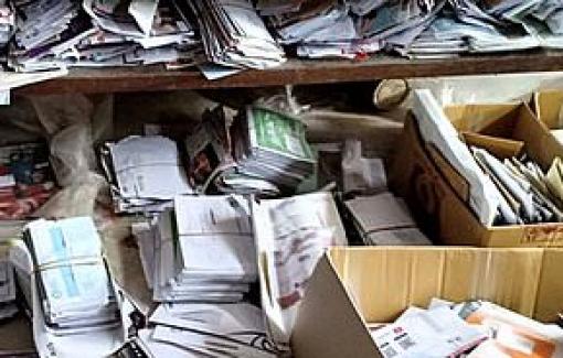 Nhân viên bưu điện Nhật 'giam' tại nhà riêng 24 ngàn thư và bưu phẩm của khách