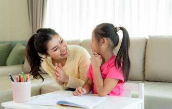 Gia đình cô giáo gặp biến cố, có nên kéo tới họp lớp?