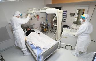 Mỹ lên kế hoạch sơ tán dân khỏi Vũ Hán, Trung Quốc dùng cả thuốc chữa HIV để trị virus corona