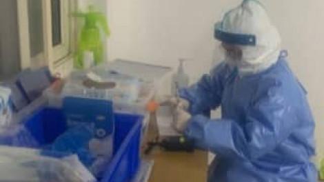 Nữ y tá trẻ giấu gia đình, xin hiến xác cho việc nghiên cứu virus corona