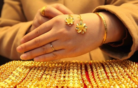 Lo ngại virus corona, giá vàng bất ngờ lao dốc