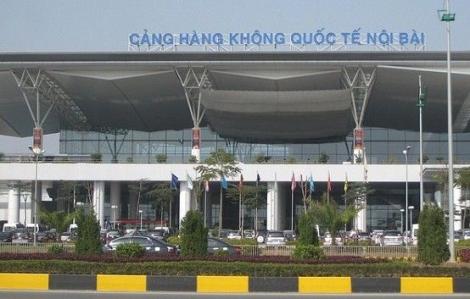 Khách Trung Quốc 'bám trụ' tại sân bay Nội Bài không chịu về nước