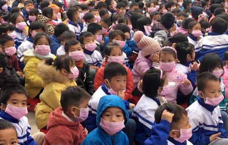 Điện Biên: Cách ly 34 học sinh ho sốt sau khi tiếp xúc với bố mẹ từ Trung Quốc về