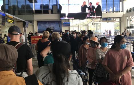 Đề xuất lập khu cách ly cho khách du lịch gần Tân Sơn Nhất ngăn virus corona