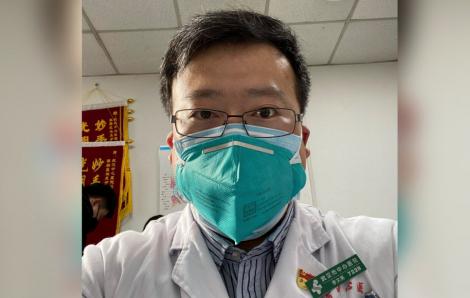 Bác sĩ Trung Quốc đầu tiên cảnh báo về coronavirus ngã bệnh
