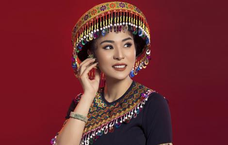"""Ca sĩ Ánh Linh lạ lẫm hóa nàng """"Mị"""""""