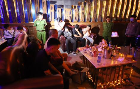 Đắk Nông: Hơn 20 thanh niên nam, nữ vào quán karaoke sử dụng ma túy
