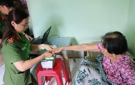 Phòng chống dịch nCoV, TPHCM sẽ hạn chế cấp đổi lại Căn cước công dân