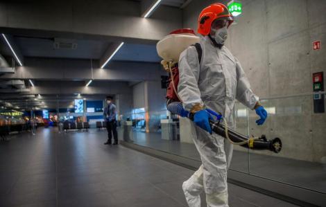 Vũ Hán khử trùng 2 lần mỗi ngày, các thành phố Trung Quốc đảm bảo lương thực giữa lệnh phong tỏa