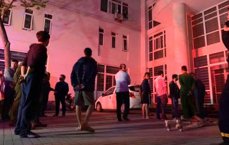Giải cứu 7 người mắc kẹt trong đám cháy khu nhà ở sinh viên