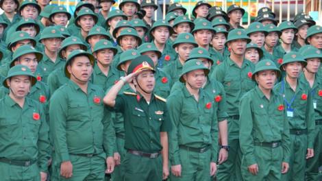 Hơn 4.000 thanh niên TPHCM lên đường nhập ngũ