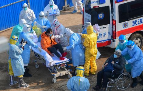 Hơn 500 nhân viên y tế nhiễm coronavirus khi Covid-19 đã cướp đi mạng sống của 1.112 người