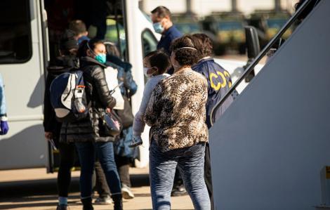 Mỹ xác nhận ca nhiễm Covid-19 thứ hai trong số công dân sơ tán từ Vũ Hán