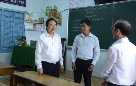 Bộ trưởng Bộ GD-ĐT: Sẽ lùi thời điểm kết thúc năm học