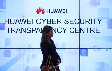 Các sản phẩm Huawei 5G sẽ được sản xuất tại châu Âu sau 'đèn xanh' từ EU