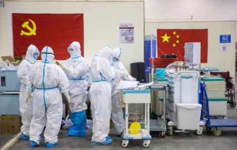 Trung Quốc xem xét truy tặng danh hiệu liệt sĩ cho những nhân viên tử vong trong cuộc chiến chống COVID-19