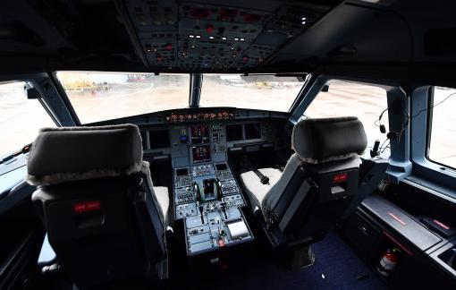 Vé máy bay ồ ạt khuyến mãi, giảm giá khi hàng không ế ẩm vì COVID-19