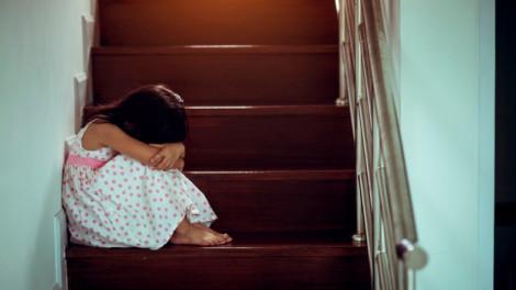 Không cấp dưỡng nuôi con vì sợ vợ cũ 'nuôi trai'