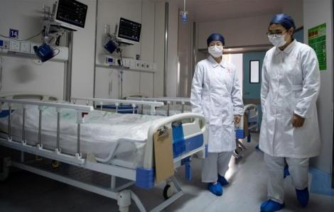 Số ca nhiễm mới COVID-19 giảm mạnh tại Trung Quốc