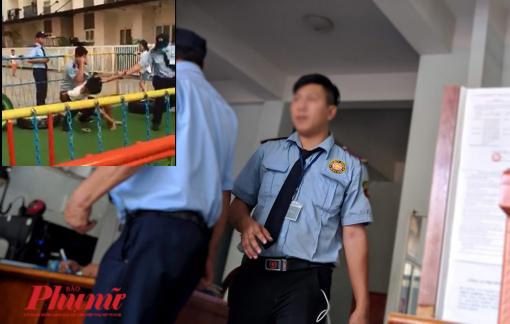 Đá bóng trong chung cư, cậu bé 13 tuổi bị bảo vệ đè khống chế, xuống chỏ vào lưng