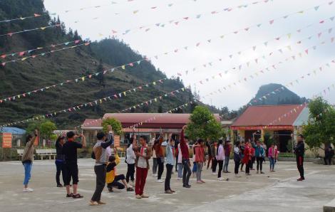 Bộ GD-ĐT đề nghị các địa phương cho học sinh đi học lại từ 2/3