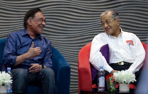 Thủ tướng Malaysia chưa quyết ngày giờ chuyển giao chức vụ