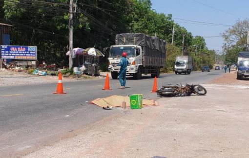 Truy tìm tài xế xe tải cán chết người rồi bỏ chạy