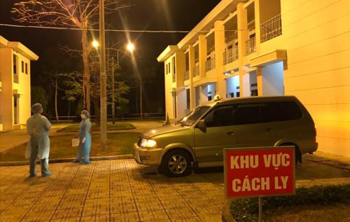 Một đêm trực tại bệnh viện dã chiến