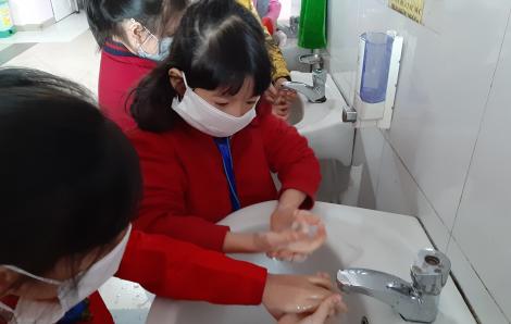 TPHCM rà soát danh sách nhà giáo, học sinh có đi qua Trung Quốc, Hàn Quốc
